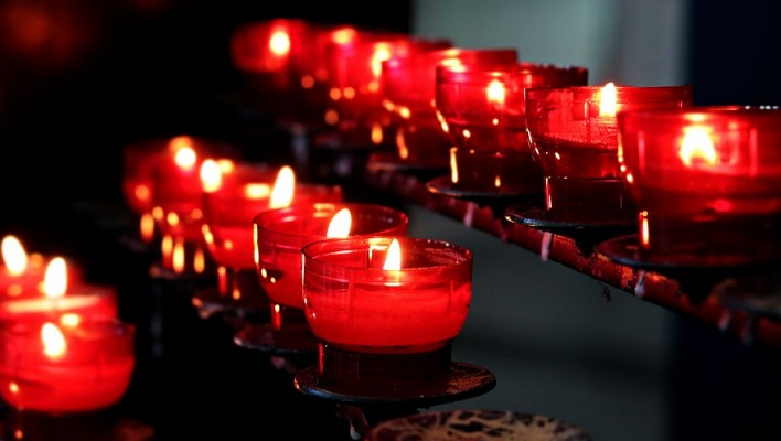 candles-2628473_960_720